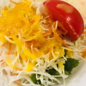 自家製ドレッシングで♡キャベツとトマトのサラダ