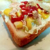 キャベツ・コーン・玄米フレークのミニトースト