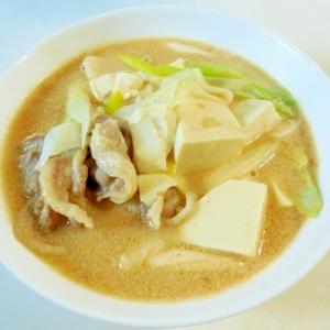 手作りスープで♪ごま豆乳スンドゥブ