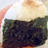 鶏マヨおにぎり(煮物リメイクレシピ)