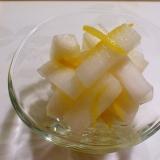 柚子皮で浸けて1日☆柚子大根