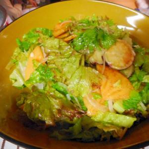 さつま芋と柿のグリーンサラダ