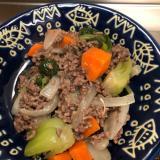 芝麻醤香る♪合い挽き肉と青梗菜のトロミ餡掛け^_^