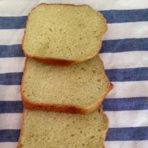 HB!ブロッコリーと豆乳の食パン☆