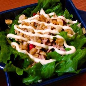 グリーンカール(レタス)とツナのフルグラのせサラダ