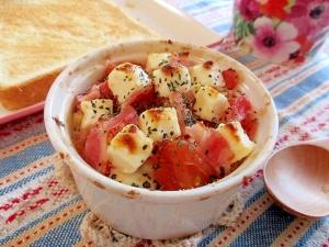 朝食にあと一品!トマトと豆腐の簡単ココット♪