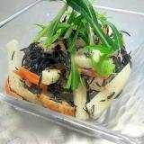 簡単に出来るおかずサラダ♪山芋とひじきのごまサラダ