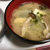 我が家のお味噌汁(かつお出汁)☆
