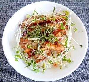 柚子胡椒鶏照り焼き丼