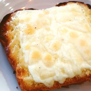 簡単朝食パン☆マヨチーズトースト