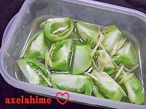 材料三つで超簡単☆グリーントマトの生姜甘酢漬け