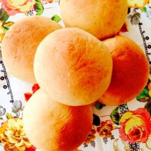 簡単にほんのり甘い☆HBで黒糖パン