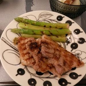 豚肉とグリーンアスパラのグリルパン焼き