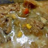 コリアンダー風味のワイン漬け豚肉のカレースープ