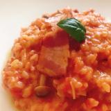 トマト缶で簡単!米から炊くトマトリゾット