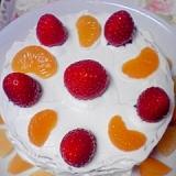 市販のスポンジケーキで、簡単クリスマスケーキ♪