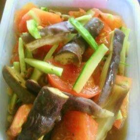 揚げ玉(天かす)で夏野菜の南蛮漬け