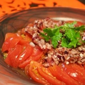 バルサミコドレッシング、トマトサラダ