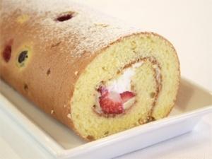 【ママパン】苺のロールケーキ(母の日)
