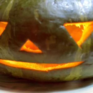 ハロウィン♪丸ごとかぼちゃ皿