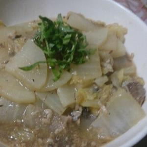 白菜と大根のサバ缶煮
