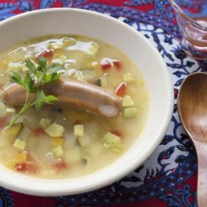 ソーセージとアボガドのスープ
