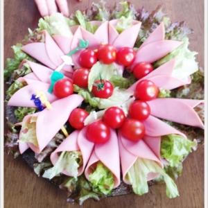 子どもも作れるハムロールサラダ