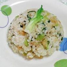 チンゲン菜とえびの炒飯