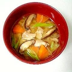 お好きな野菜で☆具だくさん豚汁☆