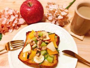 バターかぼちゃの彩りフルーツトースト