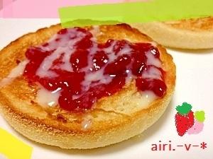 【甘じょっぱ♪】バターと練乳苺のマフィン