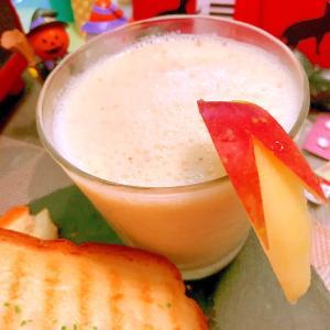 梨と林檎のヨーグルトスムージー