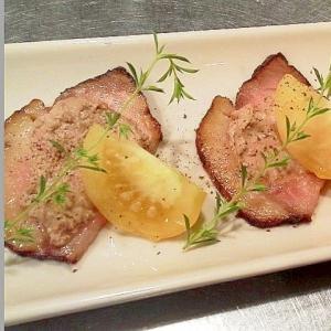 豚の燻製とピーチトマト、レバーペーストのプレート☆