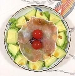 わさび菜とレッドキャベツのサラダ