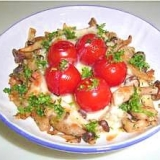 ミニトマト・キノコのガーリックチーズ焼き