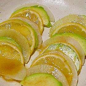 大根とアボカドのレモンマリネ
