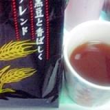 黒豆麦茶+ほうじ茶にすりおろした生姜でポカポカ♪