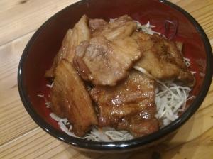 簡単がっつり☆豚バラのトンテキ丼