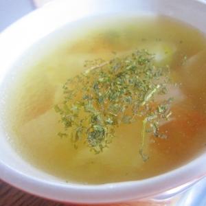 野菜とチキンのコンソメスープ☆
