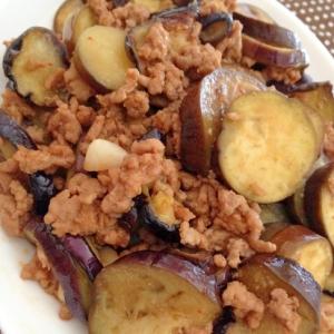 ひき肉となすのピリ辛炒め