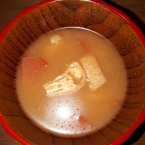 夏のさわやかトマトの味噌汁~