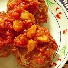 ゴボウ入りトマトソースの煮込みハンバーグ