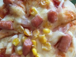 カレーウインナーピザ