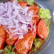 トマトと玉葱のサラダと生姜のドレッシング