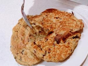 カカオニブ入りココナッツオイルで焼くパンケーキ