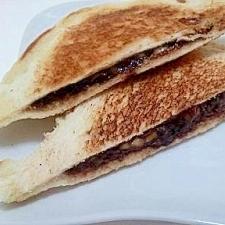 フライパン簡単(^^)チョコとチーズのホットサンド