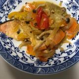 鮭とたっぷり野菜の蒸し煮