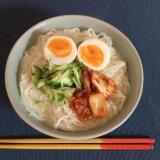 簡単時短牛乳で作る暖かいコングクス(韓国冷麺)煮麺
