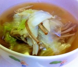 かきのき茸と舞茸の白菜スープ