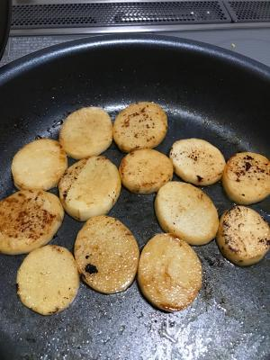 おつまみに!簡単長芋のバターポン酢焼き